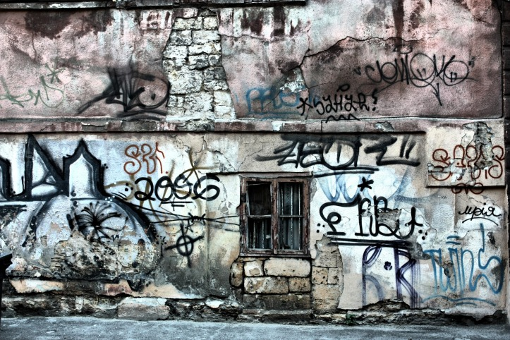 window-999882_1920